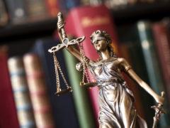 недорогой юрист львов